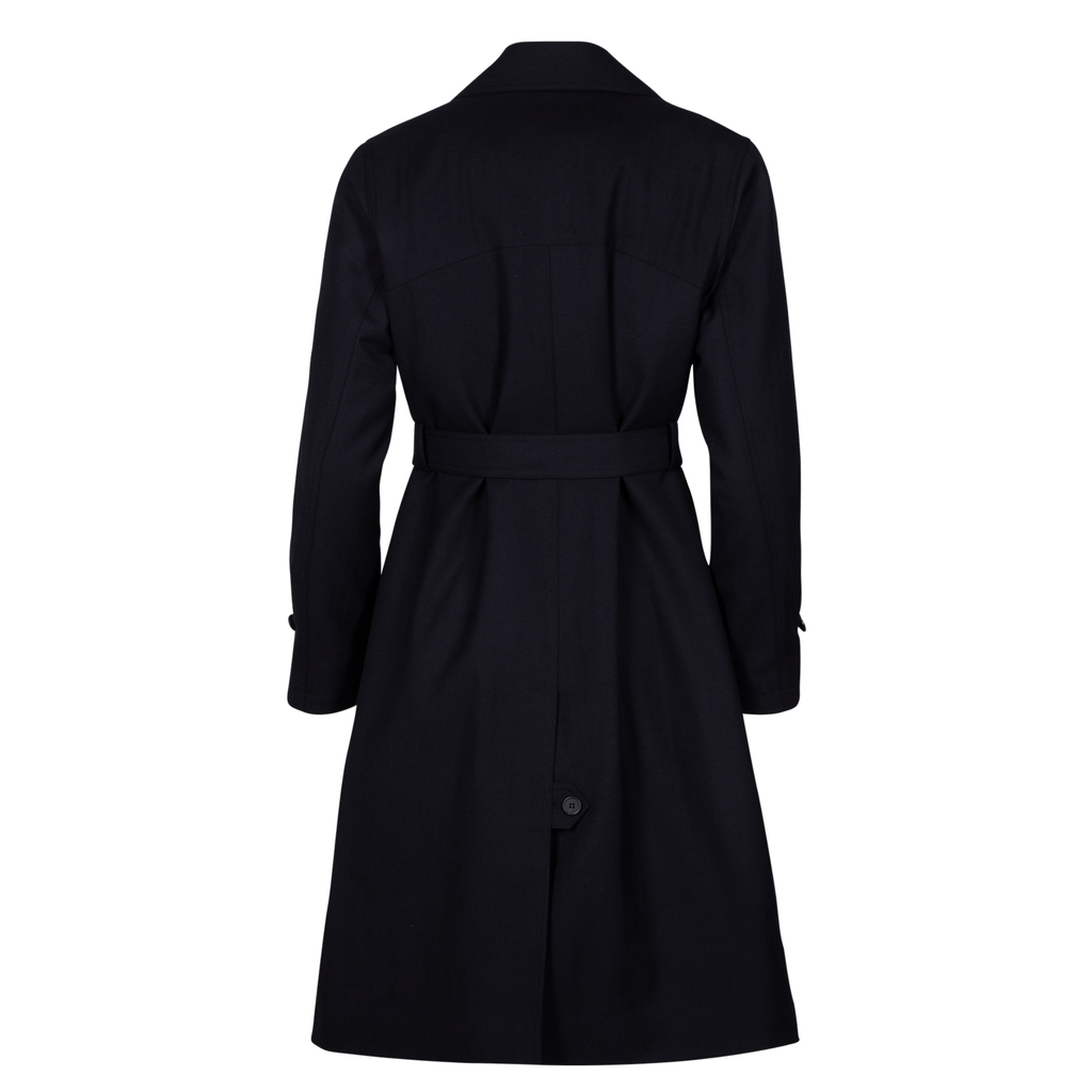 976013_female coat with belt in black.png